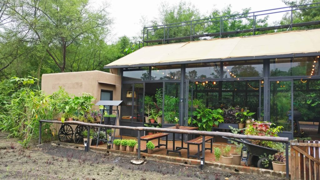 Green House Bistro Outdoor 2