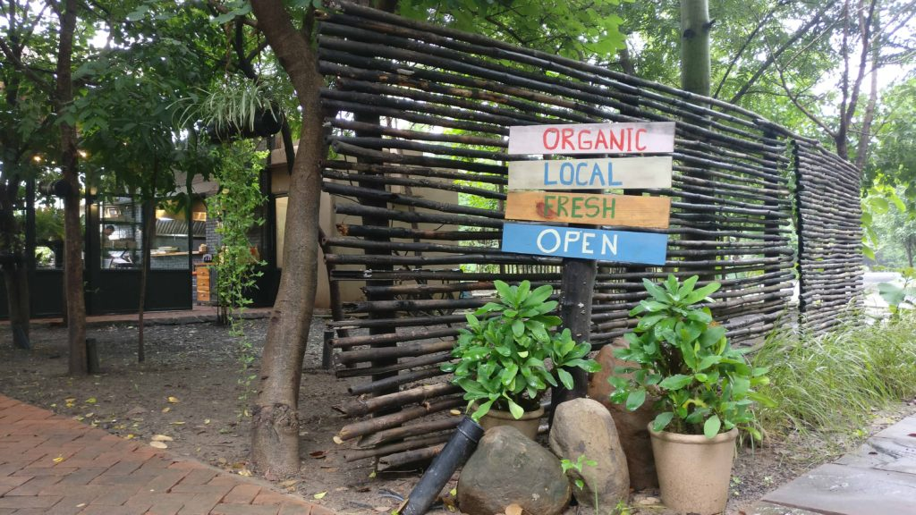 The Menu – Organic Local And Fresh
