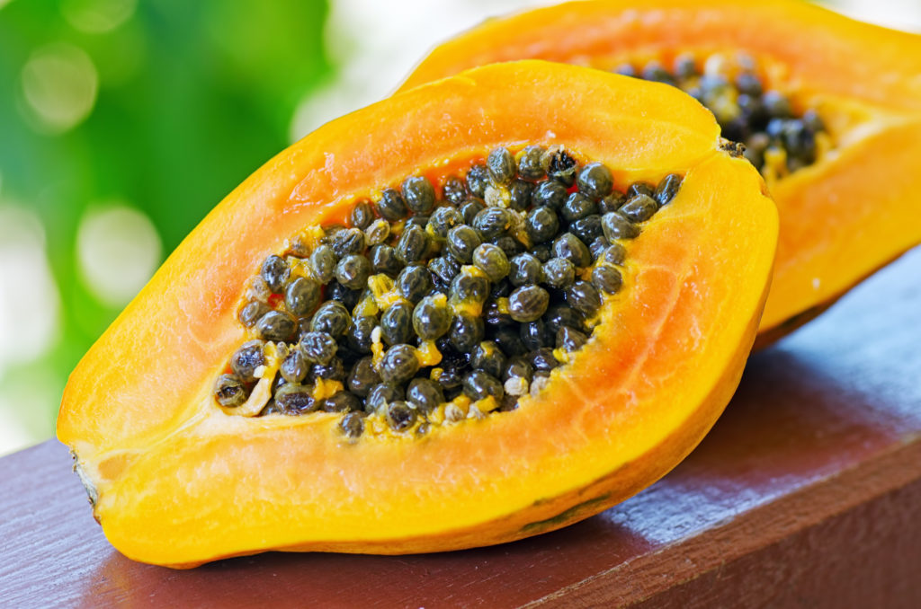 Health Benefits Of Eating / Drinking Papaya