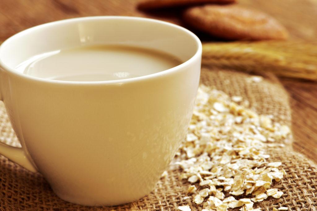 Health Benefits Of Drinking Oat Milk